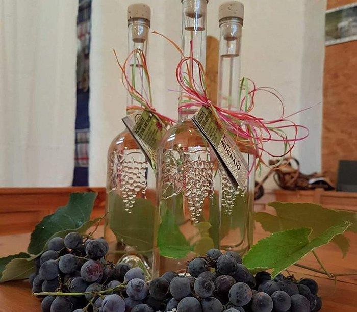 17c91f185 Loonity - Azienda agricola Zanetti Loja - Acquavite d uva Americana  biosuisse